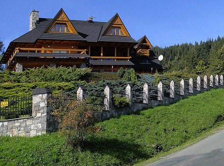 Wieloosobowe domki w górach- wynajem