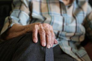 Nowe wyzwanie i poszukiwanie nawyków w domu seniora