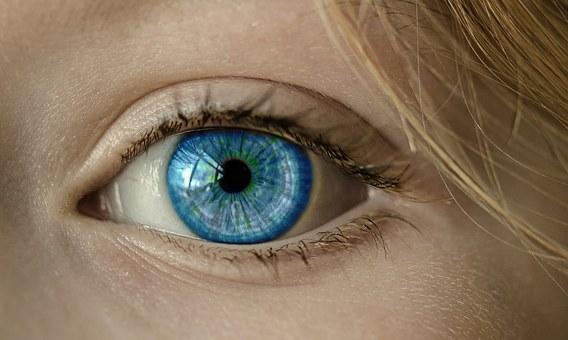 Kiedy zabrać dziecko do okulisty?